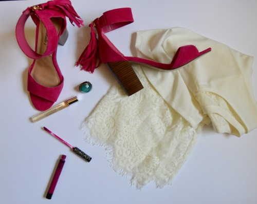 Heels: UrbanOg.com, Top: Marshall's (old), Ring: H&M, Lipstick: Kat Von D Liquid Lipstick in 'Bauhau5'
