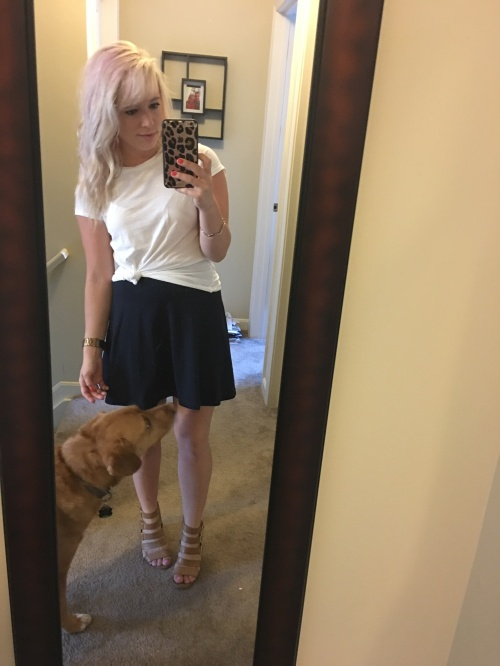 Tee: H&M, Skirt: Forever 21